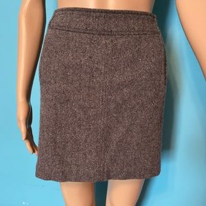 Banana Republic lined wool miniskirt with pockets